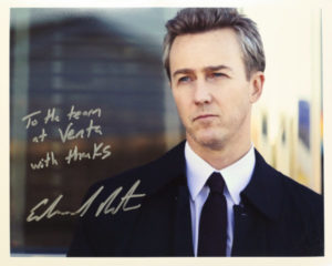 Edward Norton is a fan of Venta Airwasher