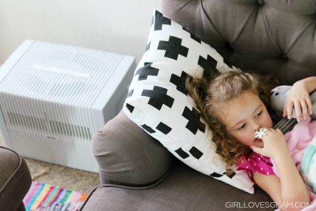 Sick child uses Venta Airwasher during flu season
