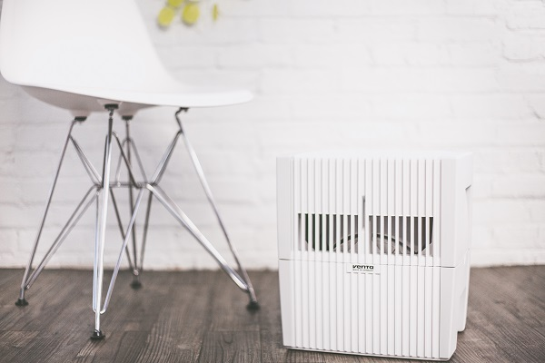 Humidifiers like the Venta Airwasher can help reduce presenteeism